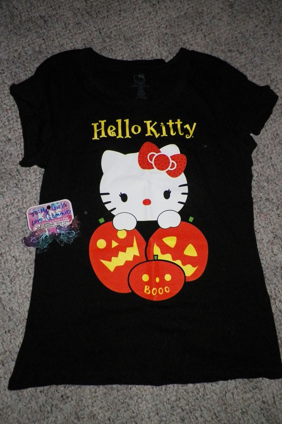 look a kitty shirt for ME