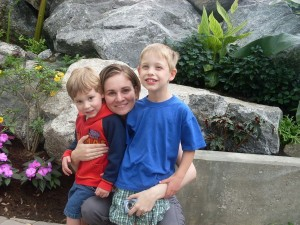 Emanuel and Zander with Mommy