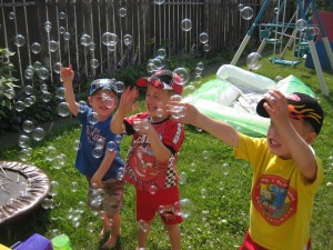Emanuel, Gavin and Zander Popping the Bubbles
